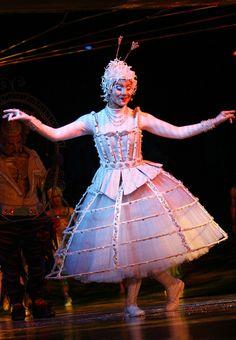 Cirque du Soleil: Alegria - The Singer in White