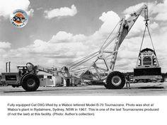 Fully equipped Cat being hoisted by an Australian-built Tournacrane. Old Tractors, John Deere Tractors, Excavator Buckets, White Tractor, Letter Model, Crawler Crane, Welding Rigs, Construction Machines, Peterbilt Trucks