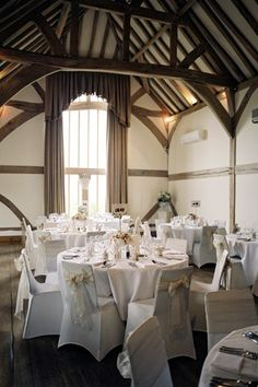 Real wedding: A manor house in Hampshire gets the personal touch | YouAndYourWedding