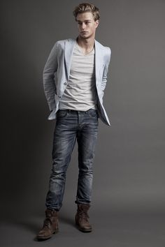 Jacket over V-Neck, Jeans, Boots. - mom doesn't this look like a slightly more sopisticated Keenan?