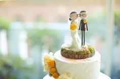 #cake-toppers  Photography: Orange Turtle Photography - orangeturtlephotography.com  Read More: http://www.stylemepretty.com/2011/08/29/san-francisco-wedding-by-orange-turtle-photography-nancy-liu-chin/