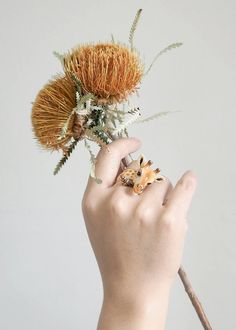 Wear a Menagerie on Your Hand with These Statement-Making Animal Rings Giraffe Ring, Jewelry Shop, Unique Jewelry, Jewellery, Animal Rings, Diy Rings, Enamel Jewelry, Statement Jewelry, Ring Designs