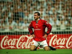 King Eric Cantona Eric Cantona, Sir Alex Ferguson, Premier League Champions, Manchester United Football, Europa League, Man United, Football Players, Legends, Soccer