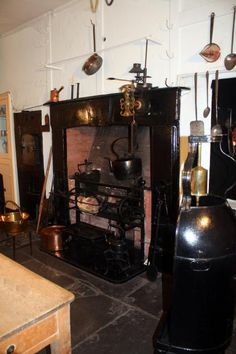 Another view of the Kitchen fire with the clockwork spit jack. The Georgian House Museum,Bristol