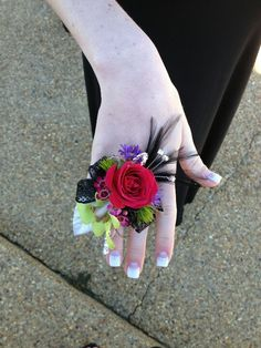 Who the heck comes up with these things?Really? A Corsage Ring.... wow.