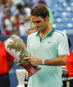 """@Sofia__RF  21 h """"It's been so long since I had you in my hands...Did you miss me?"""""""