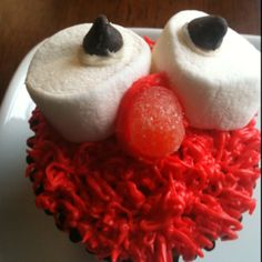 Elmo cupcakes made for Lindsay's birthday party.