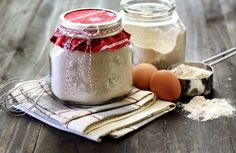 cute gift idea. homemade pancake mix in a mason jar!