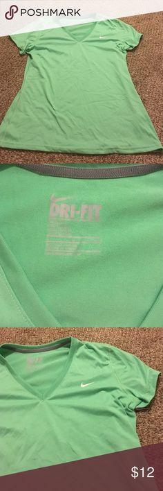 Nike dri fit tshirt Barley worn light green tshirt Nike Tops Tees - Short Sleeve