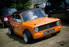 Mini Cooper S, Mini Cooper Clubman, Mini Countryman, Fancy Cars, Retro Cars, Vintage Cars, Nice Cars, Classic Mini, Classic Cars