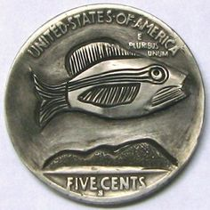 RUTH BORM HOBO NICKEL - FISHERMAN/THE SEA - REVERSE OF 2 SIDED 1936 BUFFALO NICKEL CARVING Hobo Nickel, Buffalo, Coins, Carving, Sea, Rooms, Wood Carvings, Sculptures, The Ocean