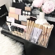 VC Storage Tray + VC Brush Holder . Available on our website NOW. VC Storage Tray $38 AUD VC Brush Holder $25 AUD . Link on our Instagram page #diy_makeup_holder