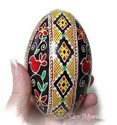 Ukrainian egg, pysanka, red bird, bird, lace, egg, goose egg, decoration #handmade #design