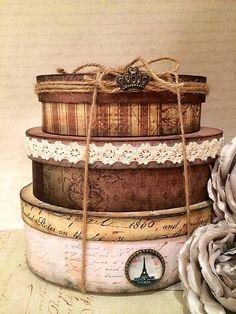 Sada 3 oválnych vintage krabíc... by MadeByDara  Sada 3 oválnych vintage krabíc na odkladanie drobnôstok, dekorovaných decoupage technikou, nádherným papierom, patinované,  dozdobených  čipkou, ružičkou,  kovovou ozdobou...