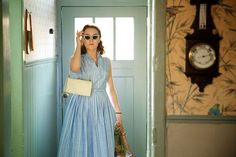 """Exclusive Photos From One Of Our Favorite New Movies, Brooklyn #refinery29  http://www.refinery29.com/2015/10/95338/brooklyn-exclusive-images-saoirse-ronan#slide-10   Over the course of the film, as Eilis adapts to life in the States, her clothing changes from a subdued Irish style to a flashier American look, which makes her stand out when she returns home. """"She brings a degree of glamour and stardust of the New World with her,"""" Crowley explained. ..."""