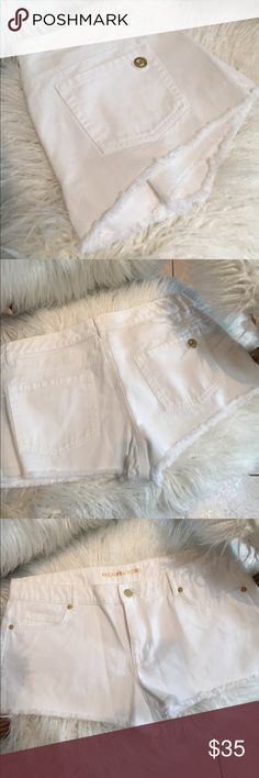 NWOT Michael Kors White Shorts I purchased these with tags, washed, but too big on me. Never worn. Beautiful gold accents. Michael Kors Shorts