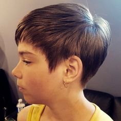 Your search for the best kids hairstyle for short hair ends here as we have listed some cool hairstyles here. These girls hairstyles and boys haircuts will make a statement on any day. Short Hair Updo, Short Hair With Bangs, Girl Short Hair, Short Hair Cuts For Women, Short Hair Styles, Girls Short Haircuts, Short Layered Haircuts, Short Bob Hairstyles, Girl Hairstyles