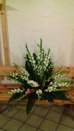 Flower Arrangement, Floral Arrangements, Church Flowers, Mother Mary, Gardening, Plants, Tropical Floral Arrangements, Beautiful Flower Arrangements, Altars