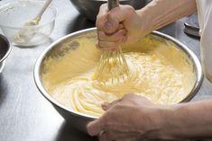 7 principais erros que cometemos ao fazer bolo e como acertar Cake Fillings, Baking Tips, Cake Pops, Oreo, Icing, Peanut Butter, Veggies, Food And Drink, Cooking Recipes