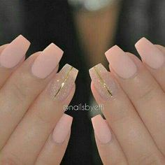 Matte pink, sparkle & a touch of gold.