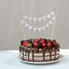 Cake Recipes, Dessert Recipes, Desserts, Birthday Parties, Birthday Cake, Baby Party, Pavlova, Party Cakes, Amazing Cakes