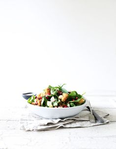 Spiced cauliflower and spinach salad with brazil nuts, pomegranate, and a lemon tahini dressing. A salad almost anyone can eat! Whole Food Diet, Whole Food Recipes, Cooking Recipes, Cooking Ideas, Dinner Recipes, Delicious Vegan Recipes, Yummy Food, Healthy Recipes, Savoury Recipes