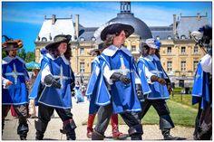 mousquetaires chateau vaux le vicomte lame en seine equinoxe79 (5) Journée Grand Siècle #VLV #JGS2017 @chateauvlv #paris #castle #vauxlevicomte #love #sun #photos #pictures #bestoftheday #instagood #moment #new #beautiful #fanvlv #Phystorique #Timetravel #voyagesdansletemps