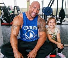 Dwayne ''the Rock'' Johnson The Rock Dwayne Johnson, Rock Johnson, Dwayne The Rock, Girl Body Builders, Social Pictures, Wwe The Rock, Hollywood Star, Bodybuilding Motivation, Bodybuilding Fitness