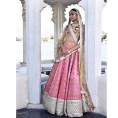 20+ Sabyasachi Lehengas We Wish Brides Would Have Worn! | WedMeGood