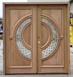 Contemporary Exterior Double Doors with a Fantastic Beveled Glass Design that is Unique and sure to please Wooden Front Door Design, Main Entrance Door Design, Double Door Design, Sliding Door Design, Wooden Front Doors, Double Doors Exterior, Wood Exterior Door, Double Entry Doors, Modern Wooden Doors