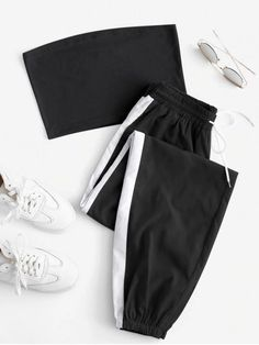 Girls Fashion Clothes, Teen Fashion Outfits, Mode Outfits, Cute Fashion, Trendy Fashion, Woman Outfits, Fashion Sets, Club Outfits, Black And White Joggers