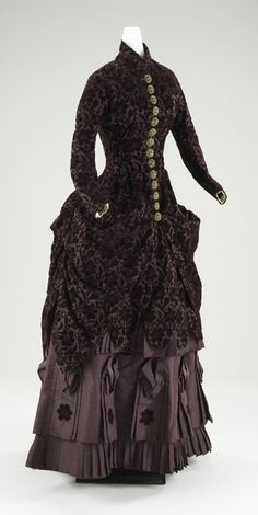1880-90, silk and wool.