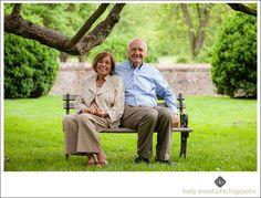 Natural light family portraits at Morven Park in Leesburg, Virginia