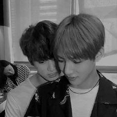 Jungkook has bullied Taehyung for years because Taehyung is gay. What happens when Jungkook is dared to kiss Taehyung at the school carnival? Kim Taehyung, Jimin Jungkook, Bts Bangtan Boy, Kpop Love, Bts Love, Taekook, K Pop, Namjin, Foto Bts