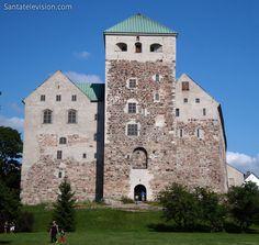 Kuva: Keskiaikainen Turun linna - vanhin suomalainen linna - Turku valokuva - Suomi
