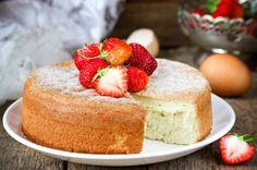 Damla sakızlı kek tarifi, damla sakızının güzeller güzeli aromasının kekin içinden sizi selamlamasına yardımcı oluyor. Afiyetler olsun!