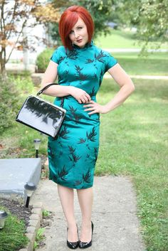 Thrift and Shout blog in a handmade Chinese #Cheongsam dress, vintage purse, and patent leather pumps all from Goodwill! see more at http://thrift andshout.blogspot.com