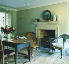 February 2012 issue of World Of Interiors 1780 London Townhouse Interior Jamb Founder Will Fisher Townhouse Interior, London Townhouse, London House, Georgian Interiors, Georgian Homes, Georgian Townhouse, World Of Interiors, Green Rooms, Vintage Modern