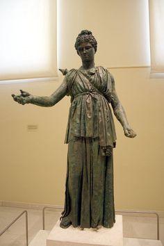 Artemis (Diana), Greek statue (bronze) from the school of Praxiteles, 4th century BC, (Archaelogical Museum of Piraeus, Athens).