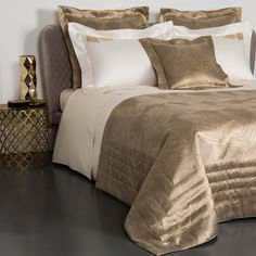 Frette online shop offers luxury Golden Deco Embroidered Sheet Set providing the best Italian quality, available in Ivory/Beige