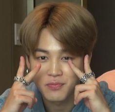 Hoseok, Namjoon, Taehyung, Mochi, Pelo Cafe, Baby Park, Park Jimin Cute, Foto Jimin, Sweet Guys