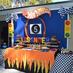 Hot Wheels Fruit Veggie Table Hot Wheels Party Hot in Hotwheels Birthday Party Ideas - Party Supplies Ideas Hot Wheels Party, Hot Wheels Birthday, Race Car Birthday, Race Car Party, Cars Birthday Parties, Hot Wheels Cake, 5th Birthday, Lego Parties, Birthday Ideas