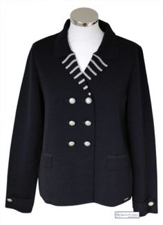 Classic nautical navy blue tailored blazer #nautical #fashion