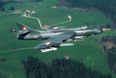 Obrazek Military Jets, Military Aircraft, Fun Fly, Swiss Air, Old Planes, Aircraft Carrier, Armed Forces, Air Force, Fighter Jets