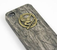 You! Be Inspired! – Cool Cases to Suit Up your iPhone