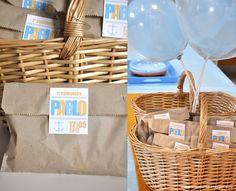 http://malgenioworkshop.blogspot.com.es/2012/08/una-comunion-moderna-modern-first.html    https://www.facebook.com/MALGENIOWorkshop    communion | orange | blue | marine | anchor | rudder | favours | balloons | candy