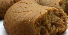 Μουστοκούλουρα! ΤΕΛΕΙΑΑΑ ΕΙΝΑΙ Greek Sweets, Greek Desserts, Almond Recipes, Greek Recipes, Greek Bread, Cypriot Food, Greek Cookies, Greek Pastries, Cookie Recipes