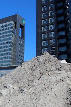 Dubbel Dag 02-04-17 Logo Logica: Verdraaid het schepje op het dak laten liggen.