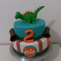 Bolo Dinossauro 1, Birthday, Sweet, Desserts, Food, Cake Ideas, Decorating Cakes, Fiestas, Hand Art