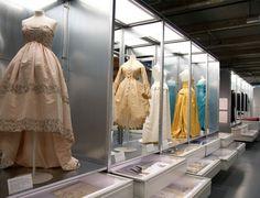 Exposition Balenciaga à la cité de la mode et du design